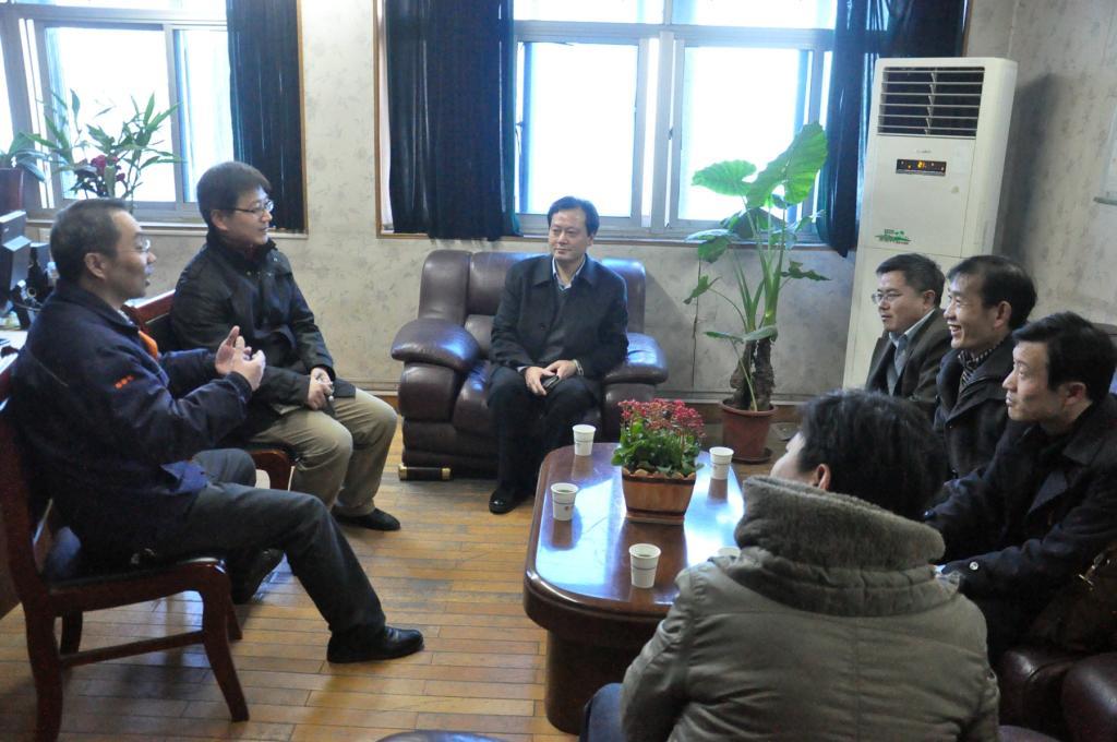 学院副院长邢宏龙与中粮生化人力资源部门负责人座谈